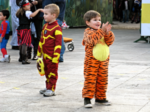 Happy_Boy_Smiling_in_Tiger_Costume_for_Children_2