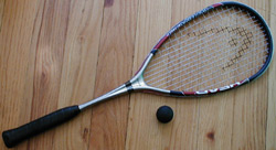 Squash-racquet-and-ball